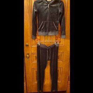 Juicy Couture COMPLETE Navy Velour Tracksuit Set!